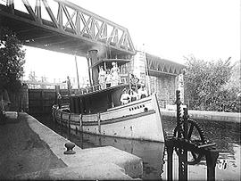 [The Edmond Coming out of the Kingston Mills Locks]