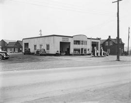 Unidentified Gas Station at Highway 2 and Princess Street West at Traffic Circle
