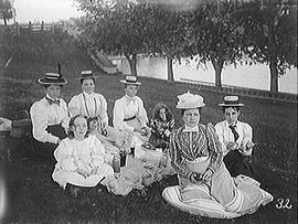 [Family Picnic with 5 Women and 2 Girls at Kingston Mills]